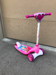 Disney Princess Girls Scooter (for approx. 3-5 yr olds)