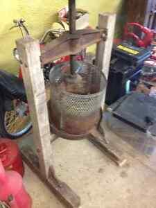 1800s Apple Press - Juice press - antique London Ontario image 2