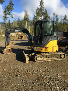 John Deere 35D for rent in N. Okanagan/Shuswap