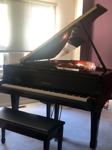 Yamaha 6   Buy or Sell Used Pianos & Keyboards in Toronto