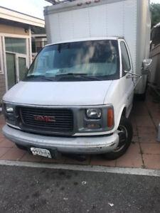 1998 GMC 3500 Cube Van