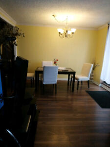 room for LADY at condo 5th floor kennedy and eglinton