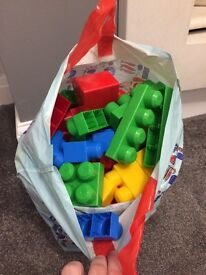 Large bundle of mega blocks