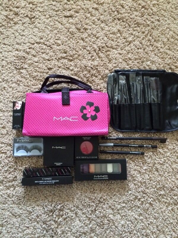 Mac Makeup Gift Set Bag | Saubhaya Makeup