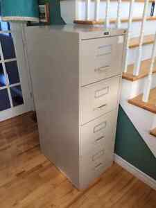 4 drawer locking filig cabinet for sale