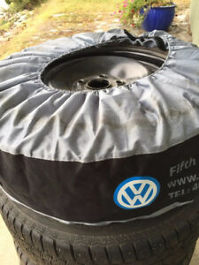 VW Winter Tires on Rims 205/55R/16 Continental