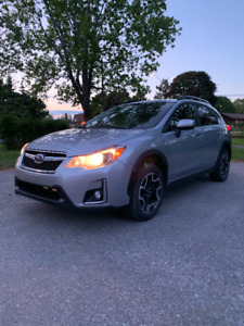 2016 Subaru Crosstrek Touring, Low mileage, Manual, Many Extras