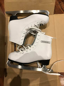 Figure Skates - Girls - Winnwell - Size US 4J