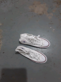 New MENS converse size 8
