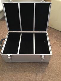Lightweight metal cd/dvd storage box