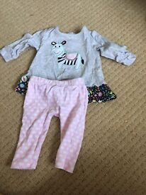 Baby girl outfit 3-6