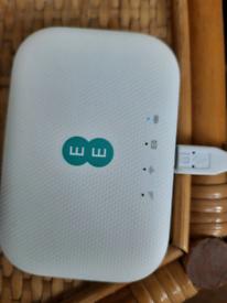 Ee mini wireless router