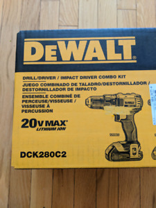 Brand New Dewalt Drill and Impact Driver Combo