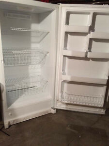Fridgidare 18c standup freezer like new