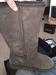 GENUINE EMU BOOTS , brown women size 8 $120 or best offer
