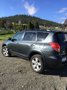 2006 Toyota RAV4 Sport SUV  With New Winter Tires