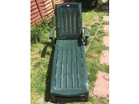 Good quality garden recliner. Free delivery.