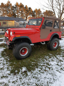 1976 Jeep CJ5  304 manual  3 speed