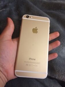 iPhone 6 16 gigs gold unlocked mint condition Windsor Region Ontario image 2