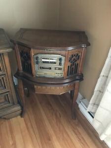 tourne disque et radio antique Emerson