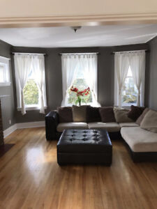 LUXURY LARGE 4 BEDROOM APARTMENT FOR RENT SOUTH END DEC 1