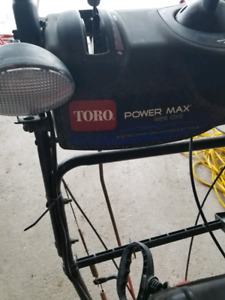 Toro Power Max 826 OXE 26 in. 2-Stage Electric Start Gas Snow Bl