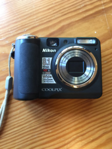 Nikon CoolPix P50 easy to use camera with Wide 3.6xZoom