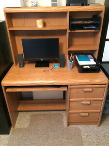 Wooden office/bedroom computer desk with matching hutch