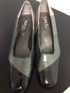 Vaneli Italian Leather Classic Shoe - size 10N