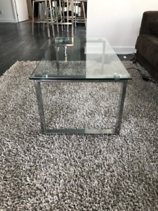 Silver 8x10 area rug from urban barn - great condition