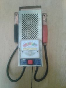 Tester(toaster) pour batterie 6/12 100 amps