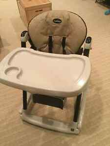Chaise haute/high-chair pegperego