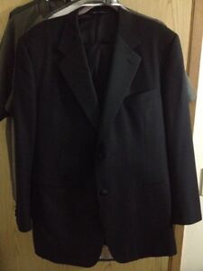 Canali Black Suit Italy W40 L34 New