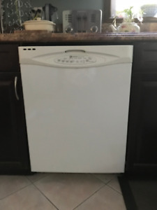 Gas stove, over range microwave & dishwasher: $500 package deal!