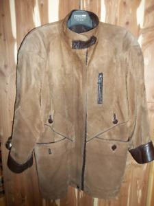 Manteau en suède et cuir