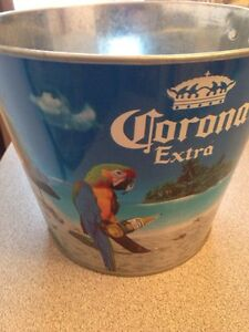Corona extra beer bucket Pail Gatineau Ottawa / Gatineau Area image 2