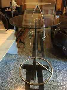 Pair of awesome modern accent tables (can be sold separately)