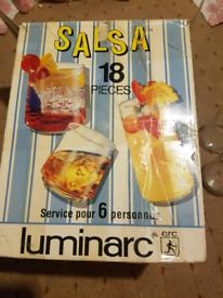 BOX OF 18 GLASS SET