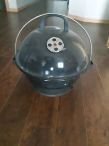 Excellent condition charcoal BBQ for sale