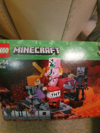 Lego Minecraft The Nether Fight Retired set 21139