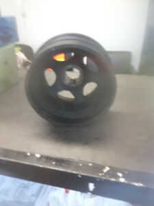 Used Sprinter crankshaft pulley/engine harmonic balancer