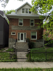 2 Bedroom with Private Entrance + Balcony in Wolesley!