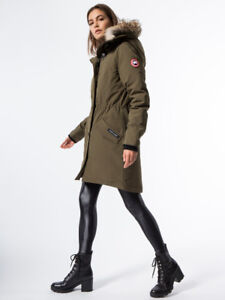 Canada Goose Women's Rossclair Parka in Military Green (XS)