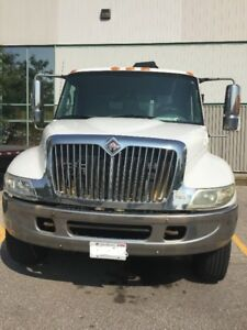 CAB &CHASSIS TRUCK FOR SALE -2003 INTERNATIONAL-Reduced Price