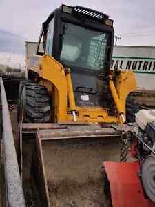 2006 John Deere 317 and 7x14 Snake River Dump Trailer