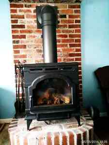 Gas fireplace by Vermont Castings
