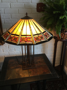 Sylish Stained Glass Table Lamps ( set of 2)