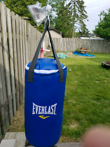 Youth boxing bag with gloves and wrap