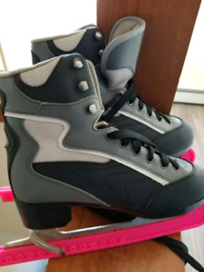 Skates sz. 7 for sale