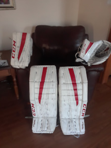 CCM Extreme Flex II 860 Goalie gear combo, $150 firm